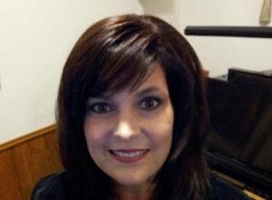 Cherry Lynne Hanes - Dallas Voice Teacher, Dallas Piano Teacher